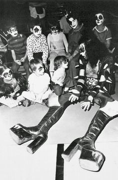 Gene Simmons with kids