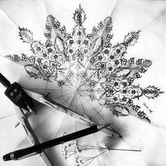By Dilek Şar Islamic Art Pattern, Arabic Pattern, Pattern Art, Moving Wallpaper Iphone, Diy Resin Art, Turkish Art, Stencils, Draw On Photos, Funky Art