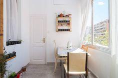 El dormitorio de las estrellas - en Barcelona Ladder Decor, Barcelona, Interior Design, Room, Furniture, Home Decor, Stars, Yurts, Nest Design