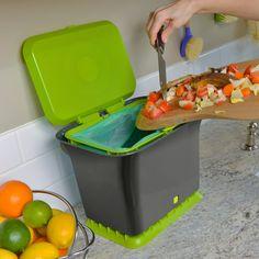 Fresh Air Composter allows oxygen to flow through, minimizing smells.