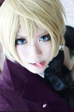 Alois Trancy cosplay! This is really good for someone so evil!