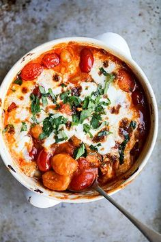 Easy Baked Gnocchi with Tomatoes and Mozzarella | www.floatingkitchen.net