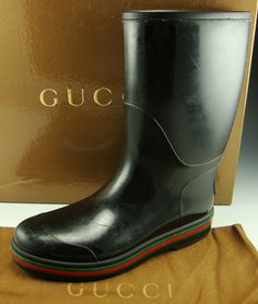 GUCCI 202752 RAIN BOOTS MENS Let it rain. I want these for lake Tahoe on point, classy shit boii!