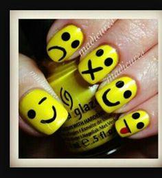 Emogi nails try it