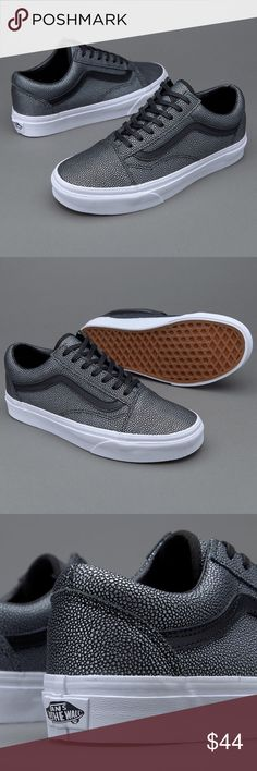 Vans Old Skool Black Embossed Stingrays The Embossed Stingray Old Skool, the Vans classic skate shoe and first to bare the iconic sidestripe, is a low top lace-up featuring embossed leather uppers, re-enforced toecaps to withstand repeated wear, padded co