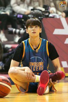 Cha Eun Woo, Handsome Korean Actors, Handsome Boys, Ahn Hyo Seop, Cha Eunwoo Astro, Lee Dong Min, Ulzzang Korea, Kdrama Actors, Sungjae