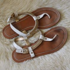 Coach Sandals - Size 8.5 EUC and very cute for summer! Barely worn. Coach Shoes Sandals