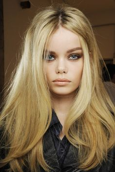 Modern sixties, tousled waves