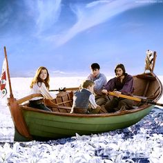 The Chronicles of Narnia: Voyage of the Dawn Treader Peter Pevensie, Edmund Pevensie, Lucy Pevensie, Narnia 3, Narnia Cast, Star Rain, Cair Paravel, Science Fiction, Mystery