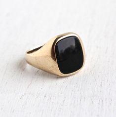 Vintage 10k Yellow Gold Onyx Ring - Retro Mens 1960s Size 9 Classic Fine Jewelry / Dark Semi Precious Stone by Maejean Vintage on Etsy, $225.00