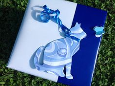 Tutte le dimensioni |Cat Silhouetee with Butterfly Gift Wrap - White and Blue layered gift wrap with a cat silhouette | Flickr – Condivisione di foto!