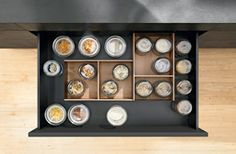 Blum Ambia-line for Legrabox in wood design. Boxes are nonslip. Kitchen Drawers, Kitchen Storage, Storage Spaces, Kitchen Decor, Kitchen Hardware, Wood Design, Design Crafts, Home Kitchens, Liquor Cabinet