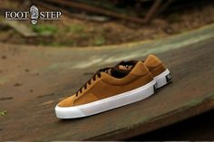 Arena tan  Size : 40-44 Idr : 225.000 Good morning and have a nice day for you all, we have any sneakers for Indonesia which make you feel comfort but good quality, so, grab fast before sold out :)) #shoe #shoes #sepatu #sepatucowok #sepatucowo #indonesia #indonesiabrands #sneakers #sneakersaddict #sneakersale #sneakerhead #sneakerheads #produklokal #freaksfootwearshop
