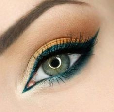 Gorgeous Makeup: Tips and Tricks With Eye Makeup and Eyeshadow – Makeup Design Ideas Unique Makeup, Gorgeous Makeup, Love Makeup, Makeup Inspo, Makeup Inspiration, Gorgeous Gorgeous, Makeup Kit, Makeup Products, Eye Makeup Remover