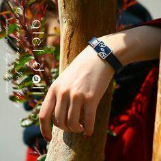 گالری الف — دال  شهرک غرب ، میدان صنعت ، خیابان حسن سیف ، کوچه دوم ، پلاک هفت .  ۸۸۵۹۱۳۸۶  Viber : 09128443386 Www.alef-dall.com  #poetic_jewelry #jewelry #caligraphy_jewelry #contemporary_jewelry #alef_dall_jewelry #alef_dall_jewelry_designer_group #amir_hossein_delbari_designer #art #iranian_art #tehran #Iran #جواهرات_شاعرانه #جواهرات_خوشنویسی #جواهرات_الف_دال #جواهرات_الف_دال #جواهرات #جواهرات_معاصر #طراح_جواهرات_امیرحسین_دلبری #گروه_طراحی_جواهرات_الف_دال #هنر #هنر_ایران #تهران #ایران