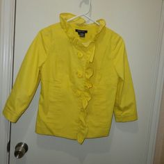 Sale --''Etcetera lemon jacket size o Love the bright yellow. Button down.  Pockets.  Cotton/poly/elastane.  Not lined  Length 22 Etcetera Jackets & Coats