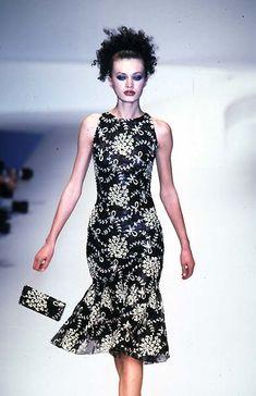 Valentino - Ready-to-Wear Spring / Summer 1997
