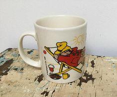 Vintage Paddington Bear Summer mug made by Kilncraft Douwe Egberts Coffee, Paddington Bear, Mugs, Tableware, Summer, Handmade, Stuff To Buy, Vintage, Dinnerware