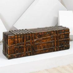 nerone e patuzzi gruppo np2 tavolino con base in legno scolpito anni 70 vente design. Black Bedroom Furniture Sets. Home Design Ideas