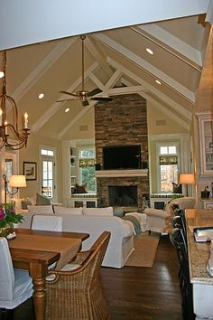 Living room ceiling with beams