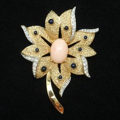 Trifari Flower Brooch Pin Vintage