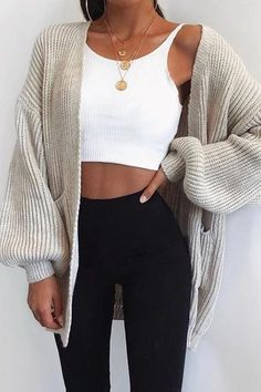 Pretty Winter outfits Outfits 2019 Outfits casual Outfits for moms Outfits for school Outfits for teen girls Outfits for work Outfits with hats Outfits women Winter Outfits For Teen Girls, Summer Outfits, Trendy Winter Outfits, Casual Winter, Winter Party Outfits, College Winter Outfits, Comfy Fall Outfits, Winter Ootd, Gym Outfits
