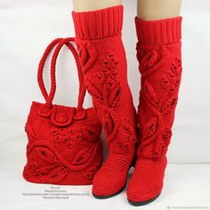 Boots knitted bag set of beautiful red boots high Source by etsy Sets Crochet Boot Socks, Crochet Slippers, Freeform Crochet, Knit Crochet, Knit Shoes, Shoe Pattern, Red Boots, Slipper Socks, Fall Shoes
