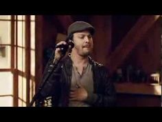 """famed singer Gavin DeGraw performs his mega-hit song """"Everything Will Change"""" with legendary performer Daryl Hall Live from Daryl's House. video just shows band jamming. TOTALLY PG!! JUST GOOD CLEAN FUN!! video is courtesy of www.youtube.com. THIS IS ONE OF MY MOST FAVORITE GAVIN DEGRAW SONGS!! watch, listen and enjoy!!! love it. xoxo."""