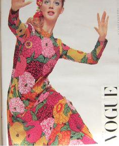 Ken Scott 6 1960s Fashion, Vintage Fashion, Vintage Style, Fashion Photo, Fashion Beauty, Fashion Tips, Ken Scott, Scarf Styles, Fashion Prints
