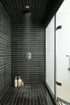 20 Modern Bathrooms With Black Shower Tile | Open showers ...