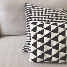 Black and white crochet triangle cushions Crochet Cushion Cover, Crochet Pillow Pattern, Knit Pillow, Tapestry Crochet, Cushion Covers, Pillow Patterns, Afghan Crochet, Afghan Patterns, Love Crochet