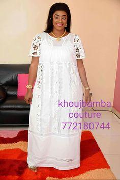 Latest African Fashion Dresses, African Dresses For Women, African Print Fashion, Africa Fashion, African Attire, African Wear, African Women, Senegalese Styles, Kaftan Designs
