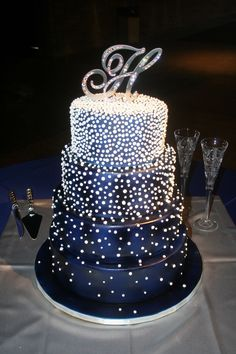 Midnight blue & pearls wedding cake.