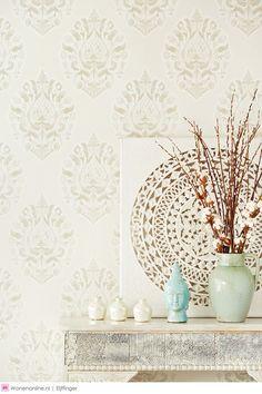 Savor geeft klassieke motieven een eigentijdse uitstraling, verenigt gerieflijke verfijning met een uniek kleurcontrast.  #behang #wallpaper #wallcoverings #eijffinger #wonen #interieur
