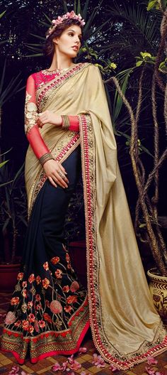ROYAL WEDDING COLLECTION - This designer #saree for the d-day!!  #IndianWedding #Partywear #FloralEmbroidery