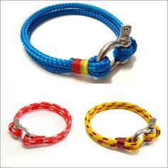 Preciosos y coloridos brazaletes para hombres.