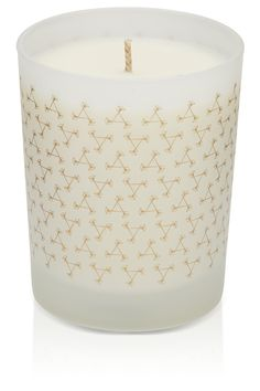 Aromatherapy Associates - Relax Candle! The aromatic fragrance of Relax Candle calms and balances the mind – ideal for unwinding after a stressful day.