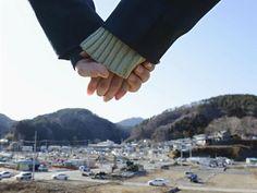 【東日本大震災2年】 手をつないで追悼 Great East Japan Earthquake of shock image
