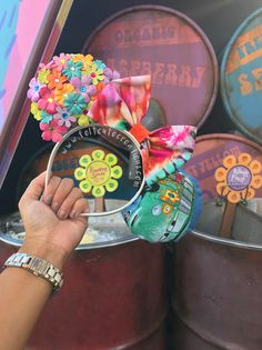 *FEEL FREE TO VISIT OUR WEBSITE FOR MORE CUSTOM MOUSE EARS! WWW.Feltcutecreations.com *This product is excluded from our free shipping OFFER *This is a Cars Filmore inspired Mouse Ears. We are not sponsored or affiliated with Disney. *Due to the mix of flowers used to make these