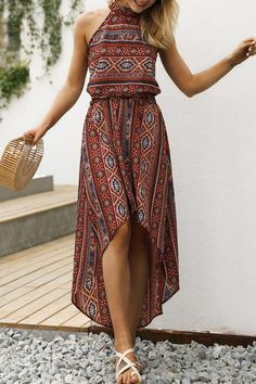 Astounding 12 Cozy Bohemian Dress Ideas For Women To Look Charming Enjoying A Sweet Summer Bohemian Dress is one of the must-have outfits for women, especially during summer. Bohemian or boho is something that is free, random, irregular, sim. Trend Fashion, Fashion Mode, Boho Fashion, Fashion Dresses, Beach Fashion, Fashion Styles, Fashion Boots, Fashion Tips, Fashion Design