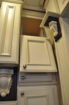 DIY: New Molding for an Old Vanity | Desks, Bathroom vanities and Bathroom