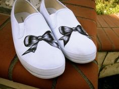 Bows | Community Post: 16 Pairs Of Creatively Sharpied Shoes From Pinterest