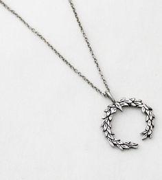 Laurel Silver Wreath Necklace