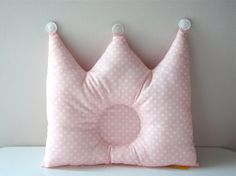 Baby Pillow Crown por PianissimoBabyNHome en Etsy