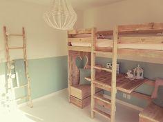 Home Bedroom, Girls Bedroom, Bedroom Decor, Interior Design Living Room, Living Room Decor, Diy Bed Frame, Palette, Kid Beds, Kids Room