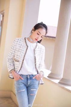 Victoria Victoria Song, Queen Victoria, Song Qian, Airport Style, Airport Fashion, Sulli, Chinese Actress, Korean Music, Korean Girl Groups
