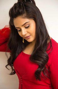 Beautiful Girl Image, Beautiful Gorgeous, Beautiful People, Beauty Full Girl, Cute Beauty, Style Feminin, South Indian Actress Hot, Girl With Curves, Brunette Beauty