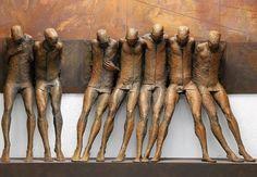 By Max Leiva... @ivannairem .. https://tr.pinterest.com/ivannairem/sculptures/