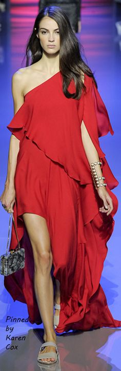 Spring 2016 Elie Saab Ready to Wear - Red Gown