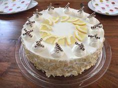Zitronentorte Lemon cake, a good recipe in the category of pies. Dessert Oreo, Bon Dessert, Sheet Cake Recipes, Dump Cake Recipes, Lemon Desserts, Healthy Dessert Recipes, Chocolate Chip Banana Bread, Pudding Desserts, Blueberry Recipes